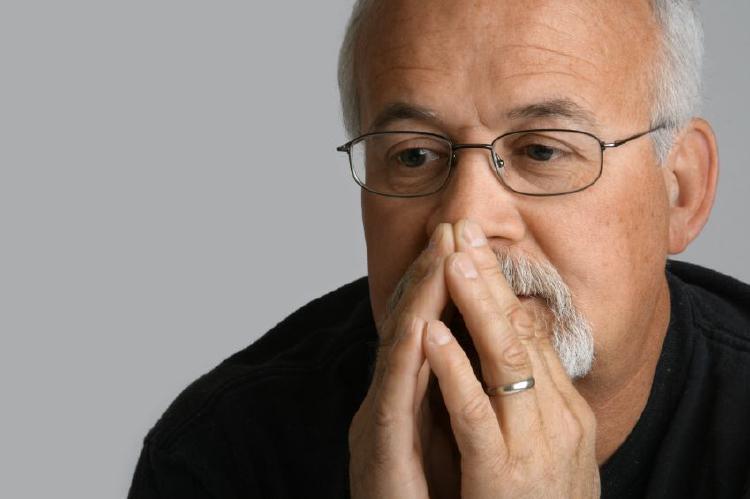 Muži po padesátce psychicky strádají ve více oblastech.